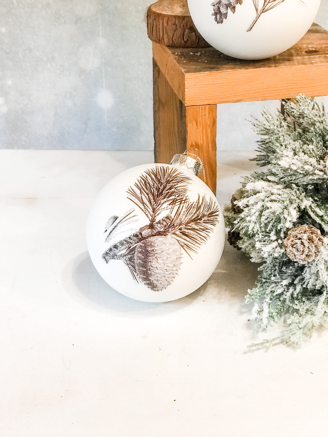 Winter Pinecone Round Ornament, 2 Styles