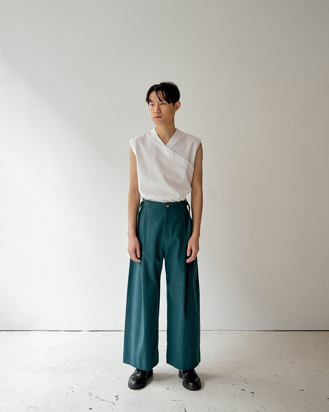 PANTS GREEN TROUSERS DARIO unisex genderless clothing montreal veri