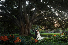 Load image into Gallery viewer, The 2018 TOP100 best wedding photos
