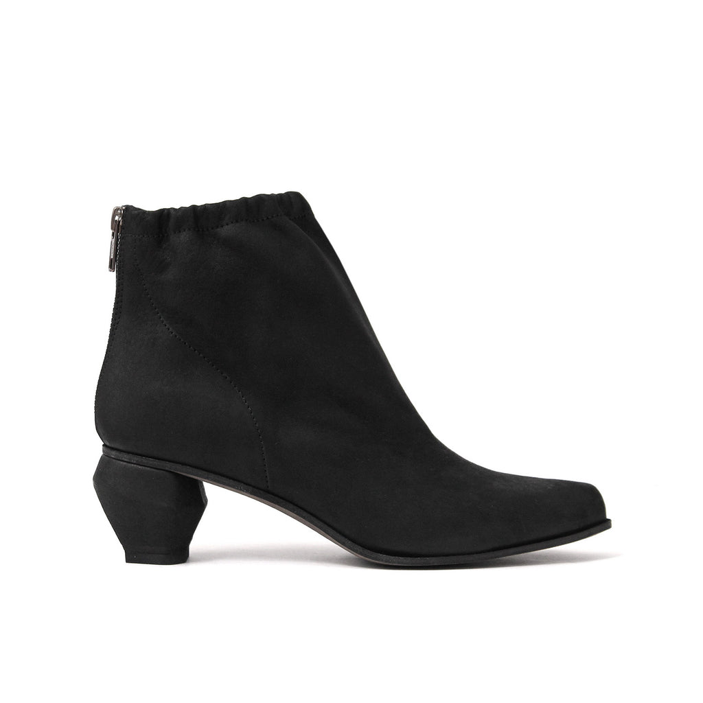 SIZE 39 - THE BURN BLACK