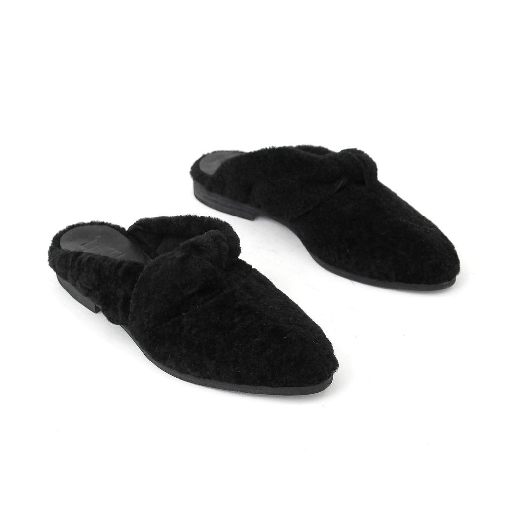 SIZE 38 - THE DADA BLACK SHEARLING