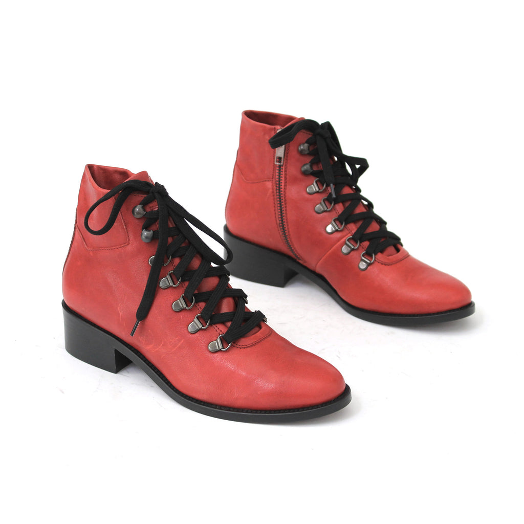 SIZE 37 - THE MARGIN RED