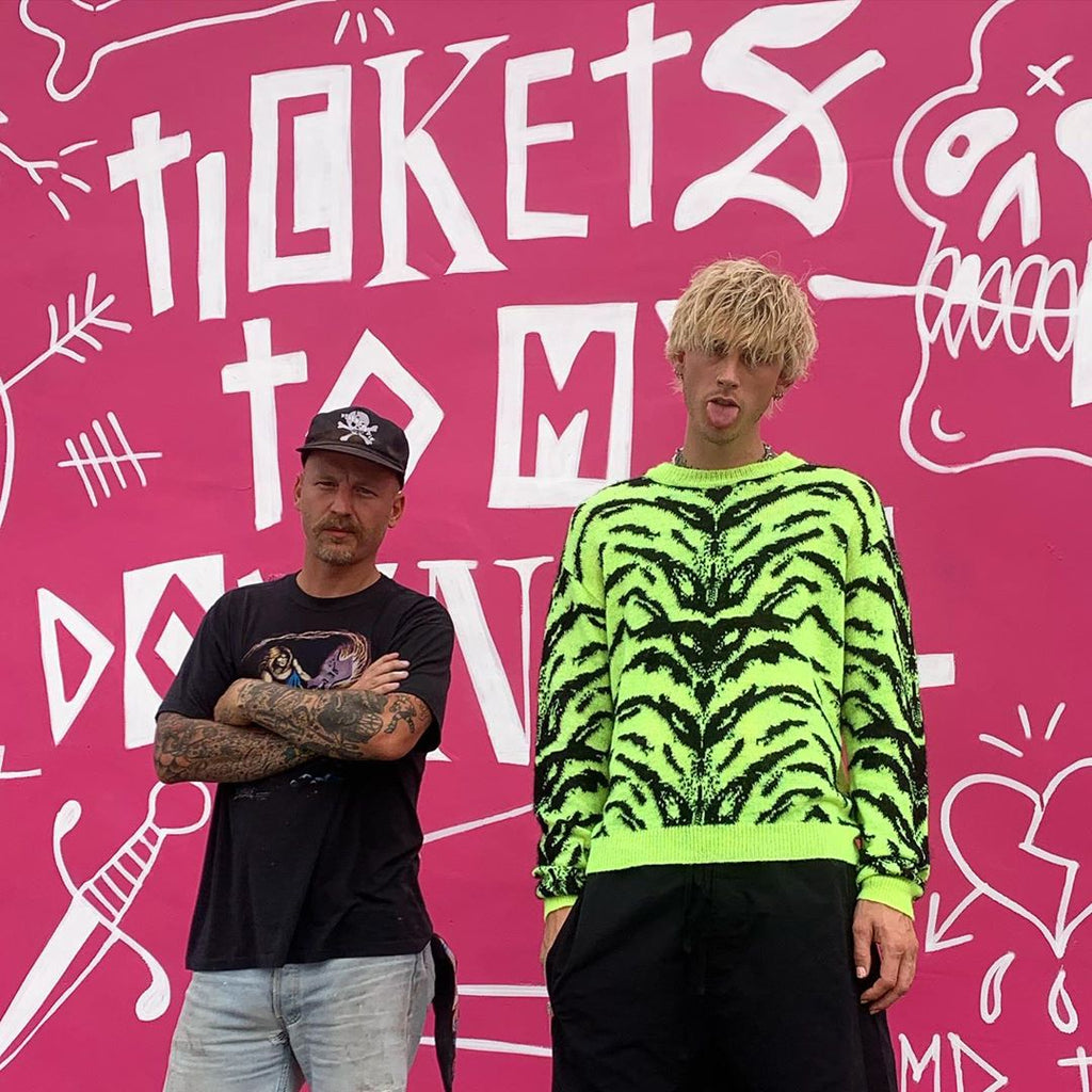 Terry Urban with Machine Gun Kelly at the VH1 Music Awards