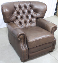 Load image into Gallery viewer, CC Leather 200R Recliner (w/ Power Mechanism)