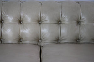 Leathercraft 1280-18 Claridge Tufted Sofa