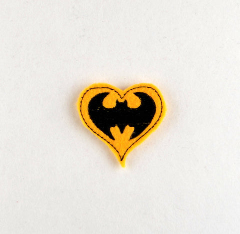 Batman heart feltie 4 ITH machine embroidery design 4x4