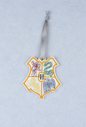 Hogwarts ornament ITH machine embroidery design 4x4