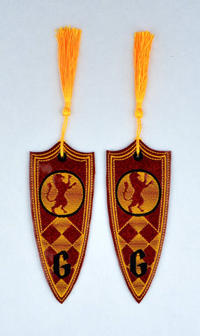 Gryffindor House Crest book mark 2ITH 5x7 machine embroidery design