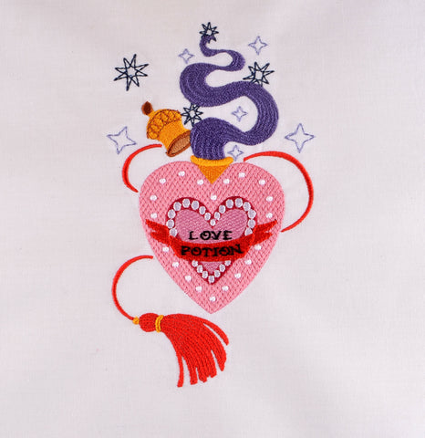 Amortentia Love Potion 5x7 machine embroidery design