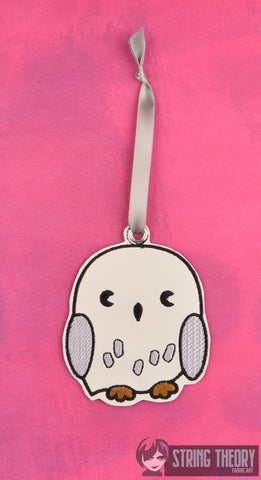 Spell Academy Chibi Owl ornament ITH machine embroidery design 4x4