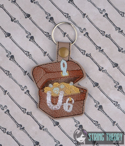 Treasure Chest snap tab key fob ITH 4x4 machine embroidery design