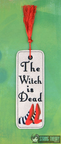 Magician of Green City The Witch is Dead traditional book mark 2ITH 5x7 machine embroidery design