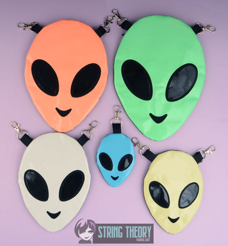 Alien Head ITH Zipper Bag SET - Five Sizes Machine Embroidery Design