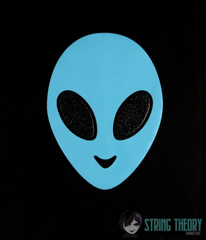Alien Head Applique 6x10 machine embroidery design