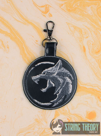 Stone Wolf snap tab key fob 4x4 machine embroidery design