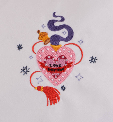 Amortentia Love Potion 4x4 machine embroidery design