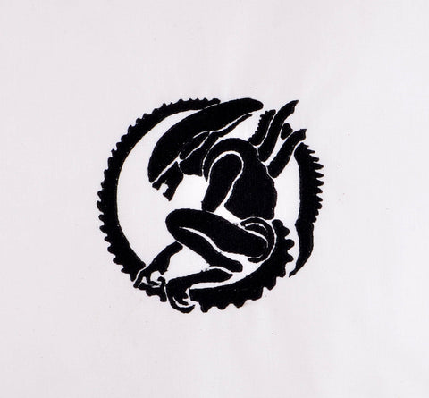 Alien's Xenomorph 4x4 machine embroidery design