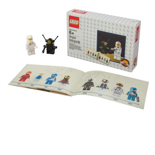 LEGO 5002812 Space D2C Minifigure Retro Set 2014 - Yasuee