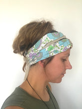 Load image into Gallery viewer, Turquoise Flower Headwrap