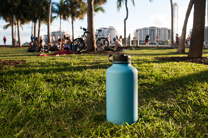 Hydrate the right way with a Geo stainless steel sports bottle