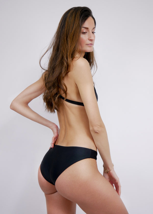 L'Aquila Look Good Classic Bottom - Noir - Laara Swim Sustainable Swimwear