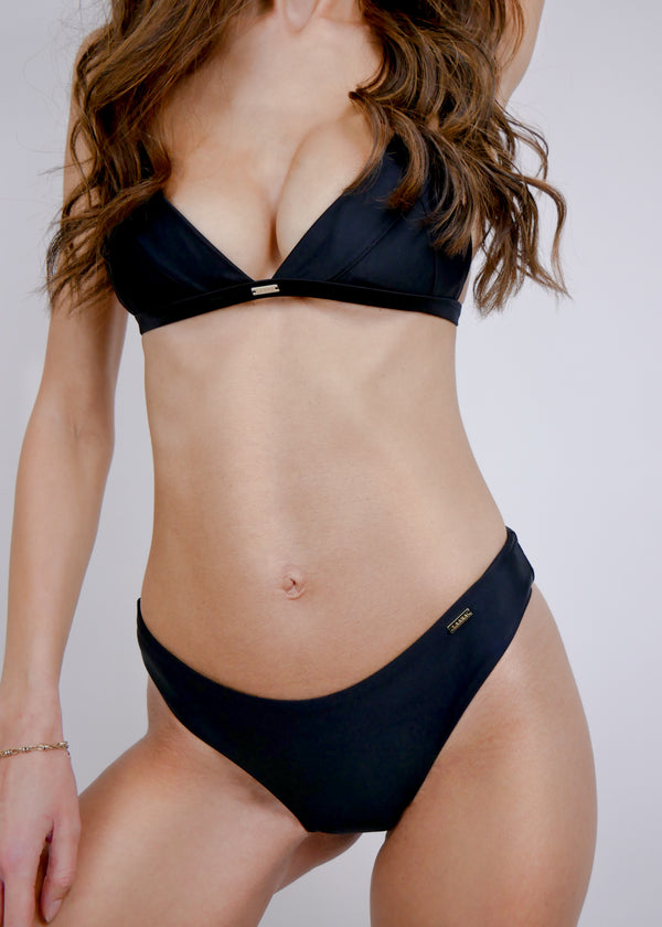Havana Triangle Bikini Top - Noir - Laara Swim Sustainable Swimwear