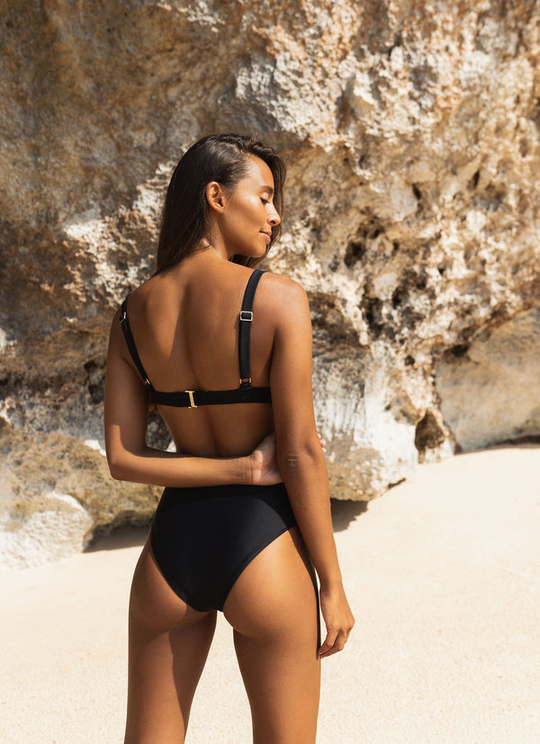 Belize High Waist Bikini Bottom - Noir - Laara Swim Sustainable Swimwear