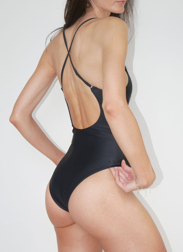 Salina Active Classic One Piece - Noir - Laara Swim