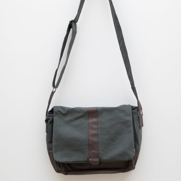 Jithendra Messenger Bag