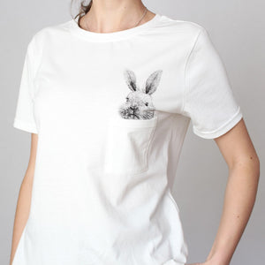 Rabbit in the Pocket T-shirt! [New arrival]