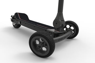 CycleBoard Elite Carbon Grey Red Front Lean to steer