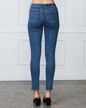 Load image into Gallery viewer, AUDREY HIGH RISE JEANS - BLUE WASH