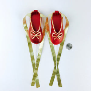 Red and Gold Ballerina Shoes Fondant Cake Topper size comparison