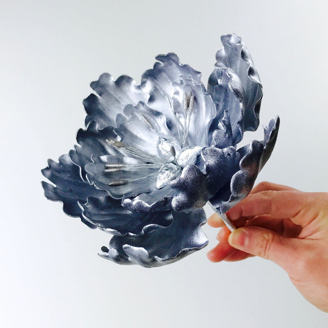 Silver Extra Large Open Peony Sugar Flower