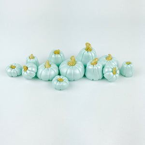 Mint pumpkins toppers
