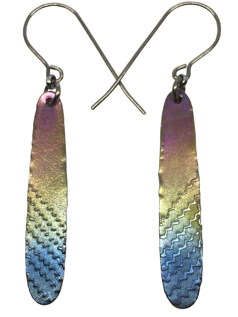 products/titanium_earrings_feather_2.jpg