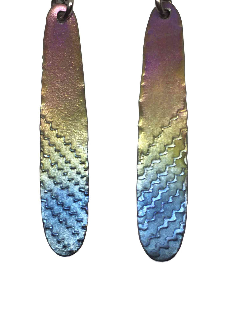 products/titanium_earrings_feather_3.jpg