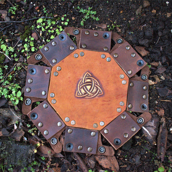 CELTIC KNOT LEATHER DICE TRAY