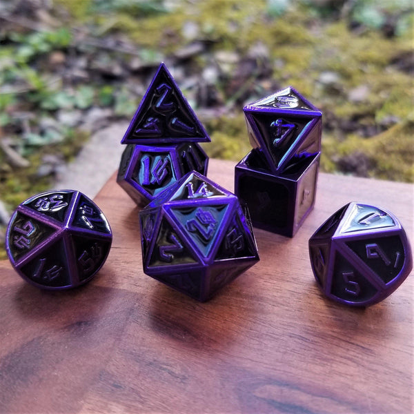 ELDER RUNES PURPLE EDGED ENAMEL METAL DICE SET