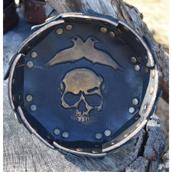 SKULL & RAVEN LEATHER DICE TRAY