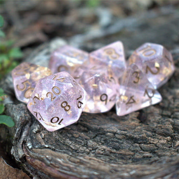 SUGARPLUM RESIN DICE SET