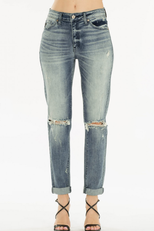 Judy High Rise Classic Mom Jeans