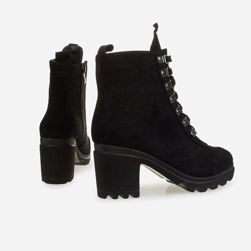 d8a92464eb3 Block Heel Lace Up Ankle Biker Boot In Black | Struttt