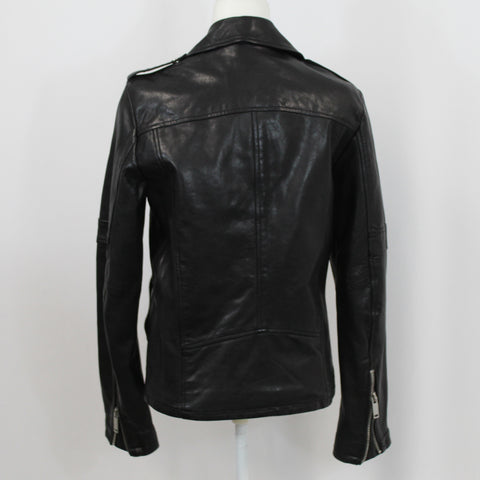 Jimmy Choo_Black Patent T-Bar Heels_38.5