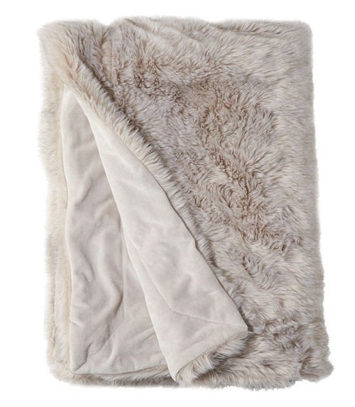 A luxuriously cozy blanket
