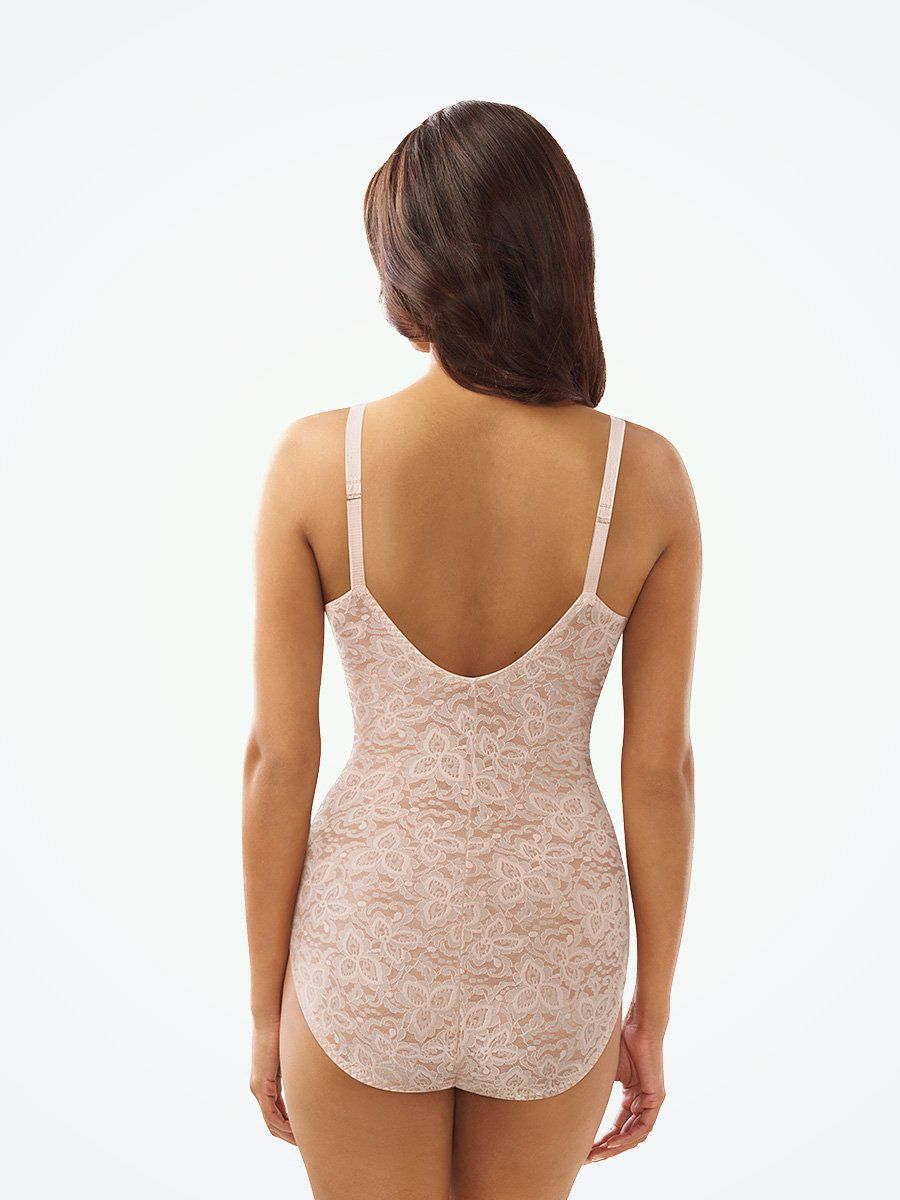Bali® Lace N' Smooth Firm Control full Body Shaper