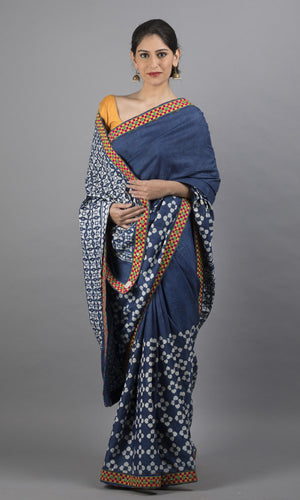 Handwoven blue kanchipuram silk with floral  design
