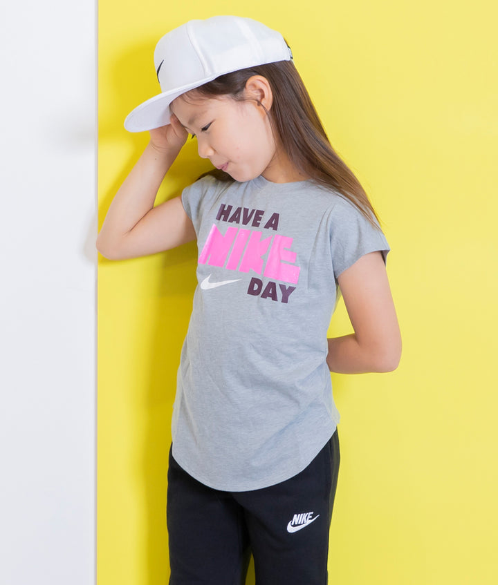 NIKE(ナイキ) HAVE A NIKE DAY MODERN ガールズTシャツ キッズ(104-125㎝)