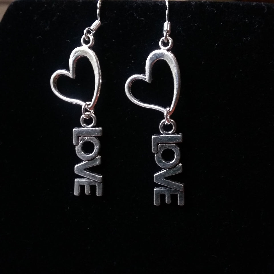 Beautiful 'love' heart earrings - Mystery Art & Jewelry