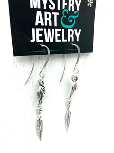 Stunning feather earrings - Mystery Art & Jewelry